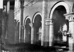 Abbaye - Eglise, travée, au nord