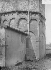Eglise Saint-Rémy - Abside, au sud