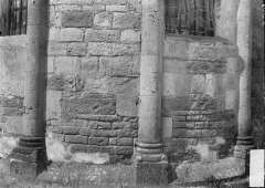 Eglise Saint-Martin - Abside, bases