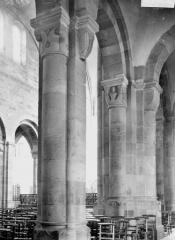 Cathédrale et cloître - Colonnes et chapiteaux