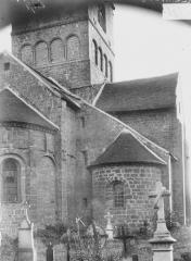 Eglise Notre-Dame - Partie de l'abside, transept et étage inférieur du clocher, au nord