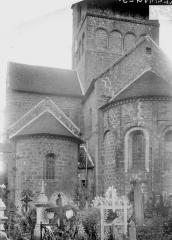 Eglise Notre-Dame - Partie de l'abside, transept et étage inférieur du clocher, au sud