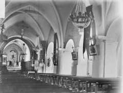 Eglise de la Sainte-Trinité, à Saint-Ouen - Nef, vue de l'entrée