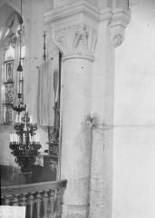 Eglise de Blanzey - Colonne et chapiteau