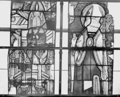Collégiale, puis cathédrale Notre-Dame, actuellement église paroissiale Notre-Dame - Vitrail du transept, panneaux 1, 2, état avant restauration