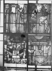 Collégiale, puis cathédrale Notre-Dame, actuellement église paroissiale Notre-Dame - Vitrail du transept, panneaux 5, état avant restauration