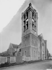Collégiale Saint-Martin - Clocher, côté nord-ouest