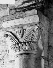 Ancienne collégiale Saint-Ours - Chapiteau du clocher