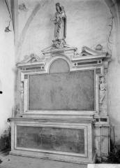 Eglise Saint-Martin - Autel