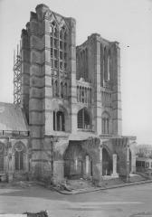 Ancienne cathédrale (église Notre-Dame) et ses annexes - Façade ouest