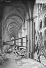Ancienne cathédrale (église Notre-Dame) et ses annexes - Bras nord du transept