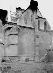 Ancienne cathédrale (église Notre-Dame) et ses annexes - Cloître, pignon extérieur