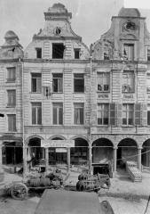 Immeuble - De gauche à droite