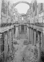 Cathédrale Notre-Dame et Saint-Vaast - Nef, vue de l'entrée