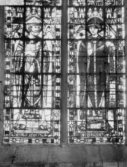 Eglise Sainte-Anne-de-Gassicourt - Vitrail du choeur, côté nord