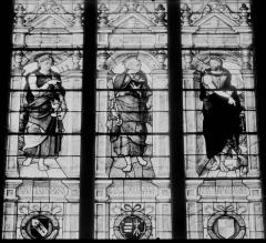 Eglise paroissiale Saint-Jean-Baptiste - Vitrail de la façade ouest