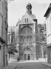 Eglise Saint-Jacques - Bras sud du transept, côté sud-ouest