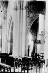 Eglise Saint-Hélain - Colonnes et chapiteaux