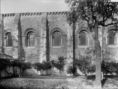 Ancienne abbaye Saint-Pierre - Eglise, façade sud, partie