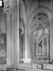 Ancienne abbaye Saint-Pierre - Eglise, choeur