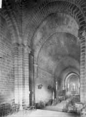 Eglise Notre-Dame - Narthex, nef et choeur
