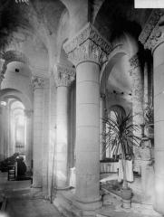 Eglise Saint-Hilaire - Déambulatoire et bas-côté sud