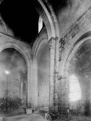 Ancienne église priorale Saint-Pierre de Parthenay-le-Vieux - Transept