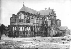 Cathédrale Saint-Gervais et Saint-Protais - Abside et transept, au nord