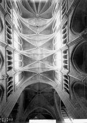 Cathédrale Saint-Gervais et Saint-Protais - Voûtes du choeur