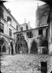 Ancienne abbaye Saint-Léger - Cloître