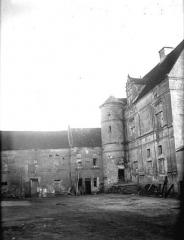 Ancienne commanderie de templiers de Moisy - Bâtiments