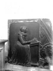 Eglise Saint-Martin - Monument funéraire