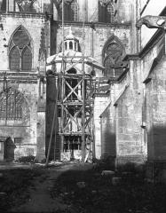 Ancienne cathédrale Saint-Etienne et son cloître - Partie latérale échafaudée