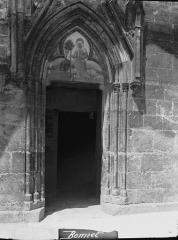Eglise Saint-Florentin - Façade sud, portail