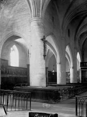 Eglise Saint-Florentin - Nef, vue diagonale