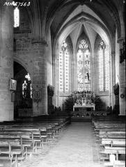 Ancienne abbaye cistercienne - Eglise, nef, vue de l'entrée