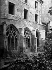 Cathédrale Notre-Dame - Cloître, extérieur