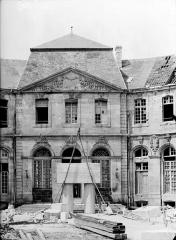 Evêché - Pavillon