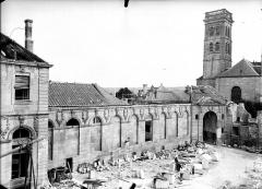Evêché - Façade et clocher