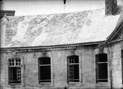 Evêché - Fenêtre et toitures