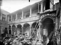 Hôtel de Princerie, actuellement musée - Cloître