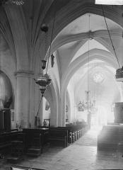 Eglise Saint-Juvin - Nef, vue du choeur