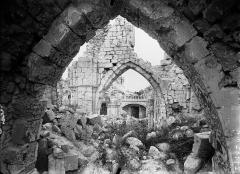 Eglise (ruines) - Nef
