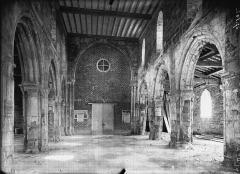 Eglise de la Nativité de la Vierge - Nef, vue du choeur