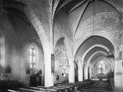 Eglise Saint-Nazaire - Nef, vue diagonale