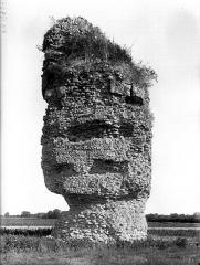 Pile romaine, dite La Pyramide - Côté sud