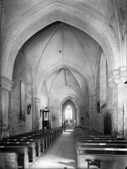 Eglise Notre-Dame - Nef, vue de l'entrée