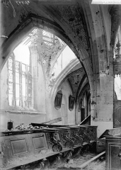 Eglise de Beauzée-sur-Aire - Vue diagonale, intérieur