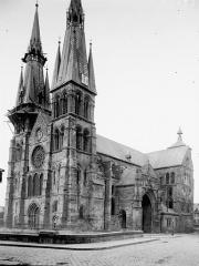 Eglise Notre-Dame-en-Vaux et son cloître - Ensemble sud-ouest