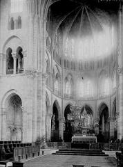Eglise Notre-Dame-en-Vaux et son cloître - Choeur